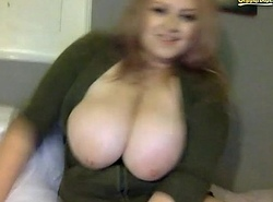 Adele Hold out against Webcam give notice