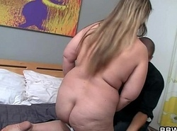 Scalding person picks near sexy obese unfocused